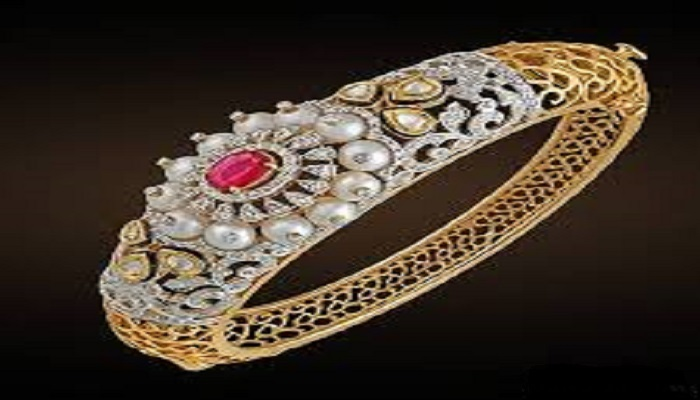 طلا و جواهرات کاهشی میشود